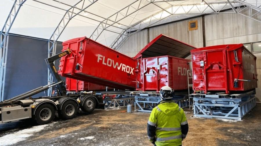 Flowrox GeoBox is designed as an inexpensive solution for applications where sludge volumes are not huge but cause unnecessarily high costs.